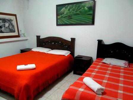 Hotel-Salinas-Plaza-Zipaquira-Colombia-4