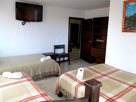 Hotel-Salinas-Plaza-Zipaquira-Colombia-7