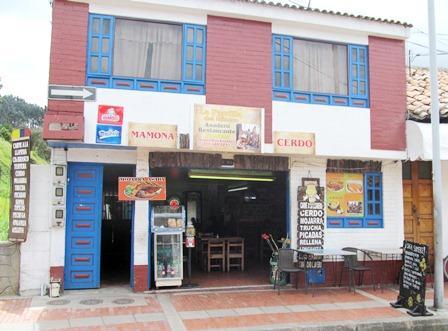 Restaurante-La-Parrilla-del-Minero-Zipaquira-Colombia-2