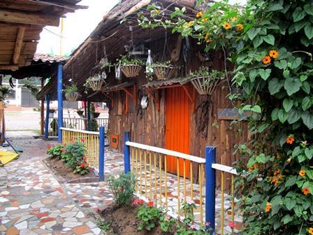 Restaurante-Bar-El-Cerro-Paisa-Zipaquira-Colombia-10
