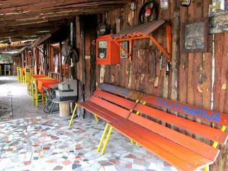 Restaurante-Bar-El-Cerro-Paisa-Zipaquira-Colombia-13