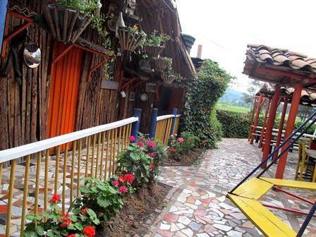 Restaurante-Bar-El-Cerro-Paisa-Zipaquira-Colombia-7