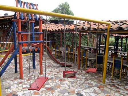 Restaurante-Bar-El-Cerro-Paisa-Zipaquira-Colombia-8